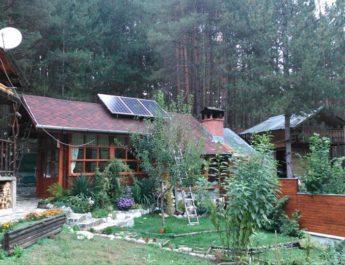 Изграждането на умни и независими слънчеви системи за производство на ток става все по-достъпно